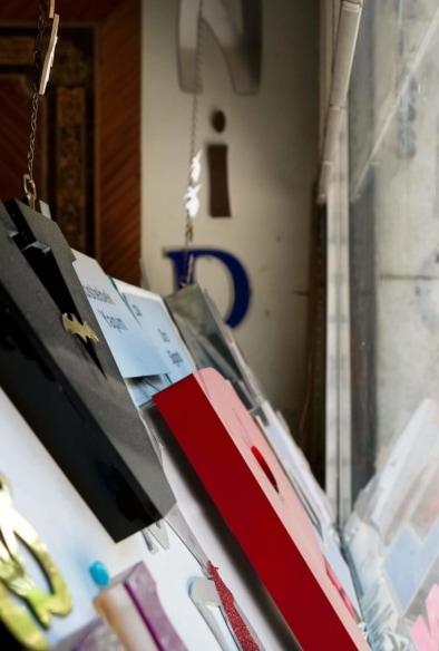 Istanbul sign maker Oliver Lins - Quest, Im Wandel der Zeit