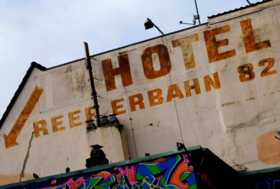 Reeperbahn Hamburg quest by Oliver Lins