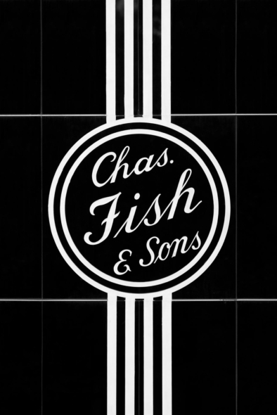 Baltimore Chas Fish Sons - Architecture & Typography. Oliver Lins, Quest - Im Wandel der Zeit