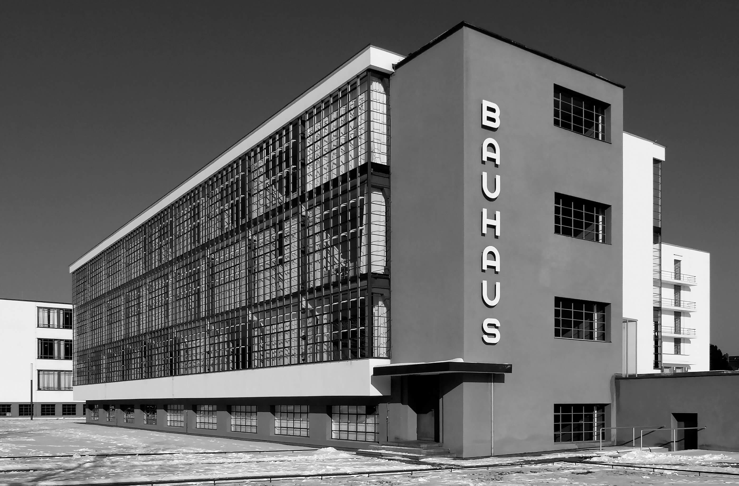 Bauhaus Dessau Quest Im Wandel Der Zeit By Oliver