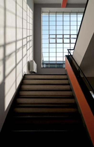 Bauhaus Dessau, Staircase, Quest - Im Wandel der Zeit,Oliver Lins