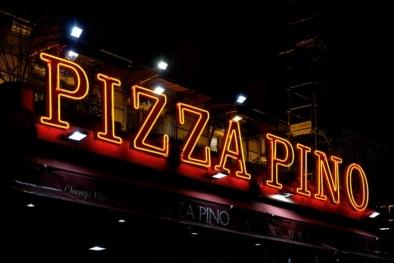 Neon Sign Pizza Pino Montparnasse - Oliver Lins, Quest - Im Wandel der Zeit